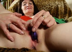 Kinky older spunker likes to drill her..