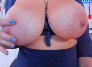 Large hooters milk cans on cam with..