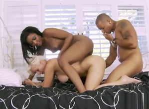 Ebony Duo Pulverizes A Warm Sitter