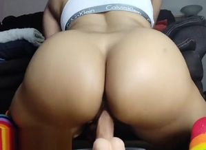Enormous latina Virgin rails a thick..