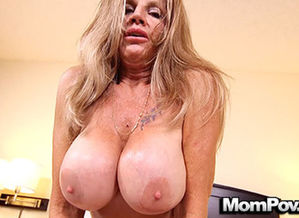MomPov meaty bumpers mature milf likes..
