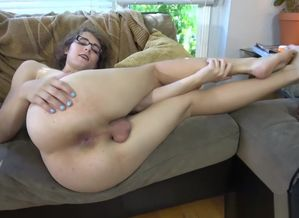 Glasses transsexual girl jerking on..