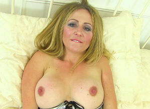 English cougar Stylish Mess enjoys..