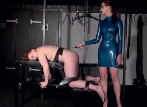 Girly-girl Domina - Smacking and