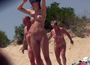 Naturist Mummies Spycam Hidden Beach..